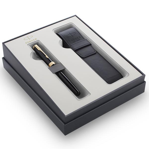 schrijfset Parker Sonnet vulpen Lacquer Black GT met pennenetui